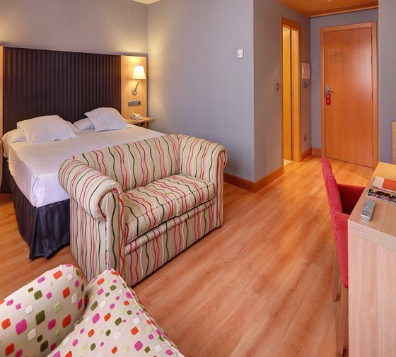 We have 4 superior double rooms with extra bed, distributed ...