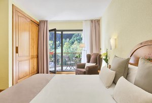 Choosing the superior double room of the Hotel Sant Gothard ...